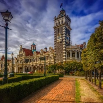 Dunedin School Holiday Package