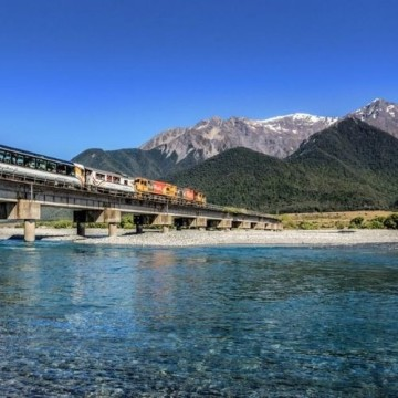TranzAlpine, Vines and Whales by Rail & Road
