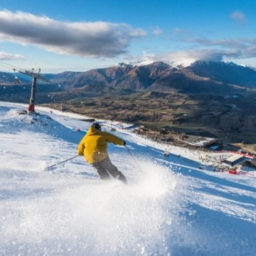 Ultimate Queenstown Ski Package